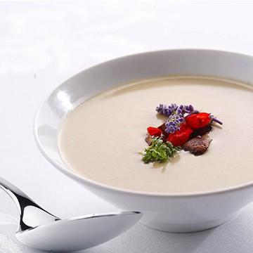 Mushroom-potatoes soup
